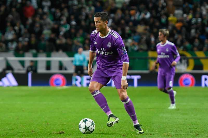 Ronaldo spiller kempebra.